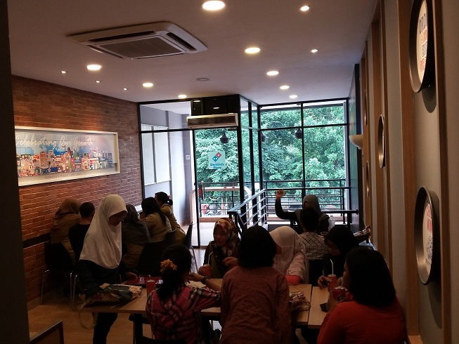 Domino's Pizza - Kel Kec Cipayung, Jakarta Timur