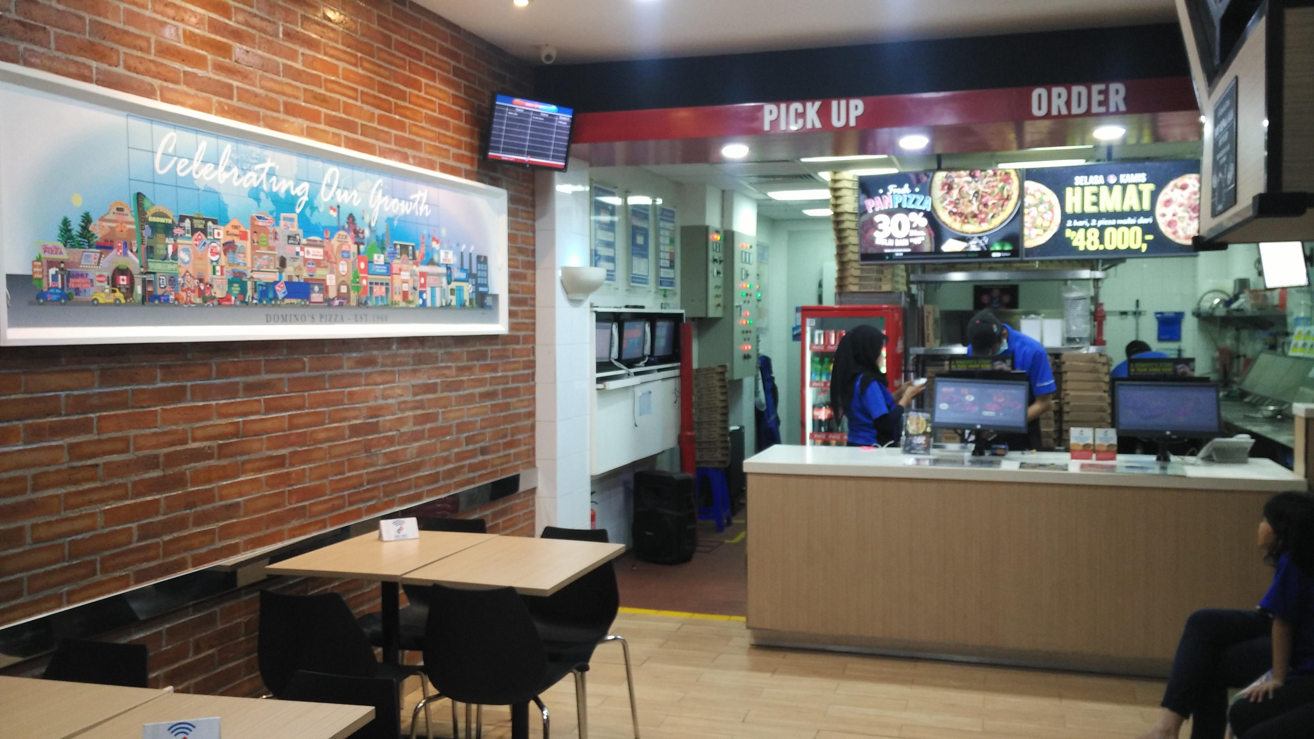 Domino's Pizza - Kec Makasar, Jakarta Timur